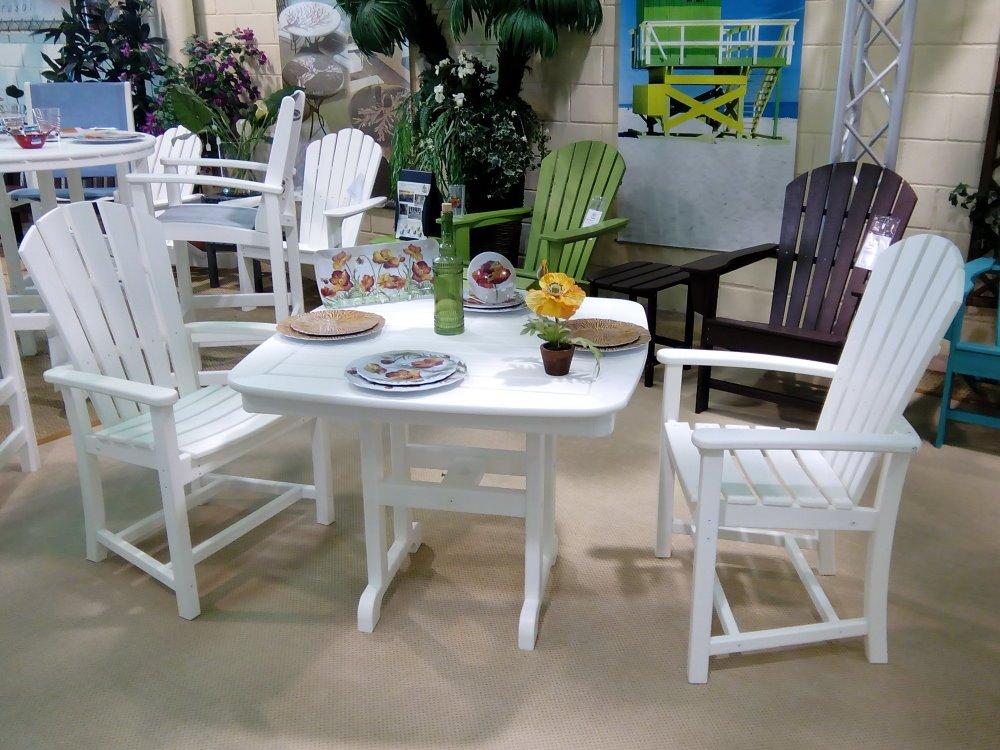 Set comedor con mesa 37 x 37 cms + 2 sillones, PEAD poly-madera, blan